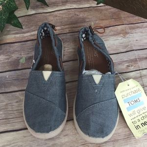 Toms Shoes - Toms size 2 1/2 Y Jean blue  New
